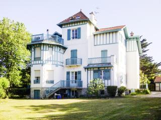 Grand Mungia - Anglet vacation rentals