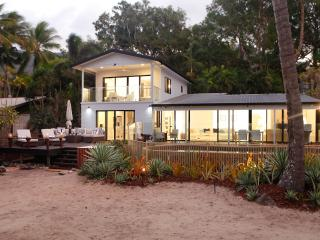 Absolute Beachfront! Belle Roche at Oak Beach - Oak Beach vacation rentals