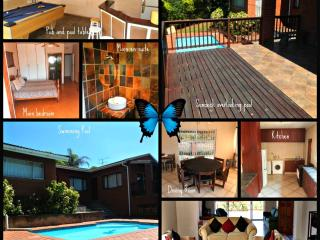 Nice House with Deck and Television - Umkomaas vacation rentals