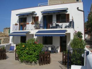 La Prua da Mare - Appartamento Belvedere - Ustica vacation rentals