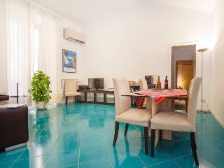 Cate's Apartment - Naples city center - Naples vacation rentals