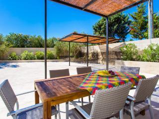 Beautiful 2 bedroom Finca in Arta - Arta vacation rentals