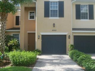 Luxury Coach Home with unlimited Golfing package - Fort Myers vacation rentals