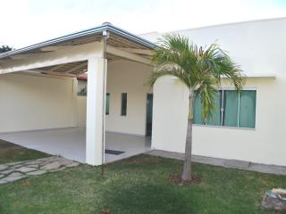 Bright 4 bedroom House in Caldas Novas - Caldas Novas vacation rentals