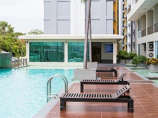 Beachfront apartment Jomtien beach - Pattaya vacation rentals