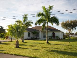 NO PRICE INCREASE FOR 2016!  WELCOME TO PARADISE! - Cape Coral vacation rentals
