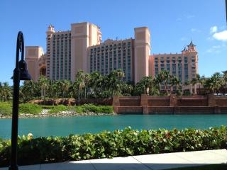 1 BR condo Atlantis Harborside, Waterpark included - Paradise Island vacation rentals