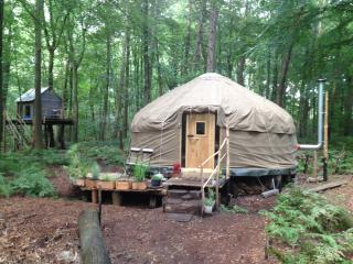 Romantic 1 bedroom Yurt in Oostkamp - Oostkamp vacation rentals