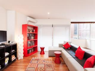 Benjamin, Central CBD 2BR - Melbourne vacation rentals