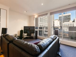 Comfortable Melbourne Apartment rental with Television - Melbourne vacation rentals