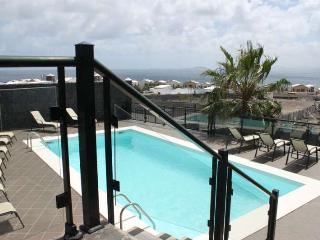 VILLA KASTYO IN PLAYA BLANCA FOR 18P - Playa Blanca vacation rentals