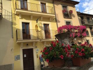 Albergo Diffuso Borgo Retrosi - Amatrice vacation rentals