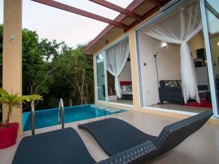 Lovely 1 bedroom Lance Aux Epines Cottage with Deck - Lance Aux Epines vacation rentals