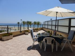 Amazing see front terrace 2-1 - Calafell vacation rentals