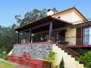 Bright 3 bedroom Farmhouse Barn in Sao Jorge with Internet Access - Sao Jorge vacation rentals