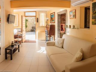 Casa dei Colori - Cortona vacation rentals