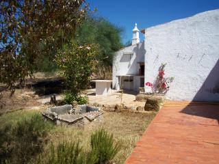 Bright 4 bedroom Farmhouse Barn in Moncarapacho - Moncarapacho vacation rentals