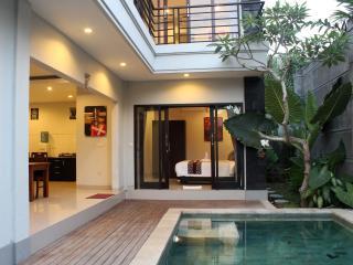 Nice 3 bedroom Private Villa near Seminyak - Kerobokan vacation rentals