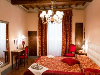 Il Teatro in the historic town of Cortona - Cortona vacation rentals