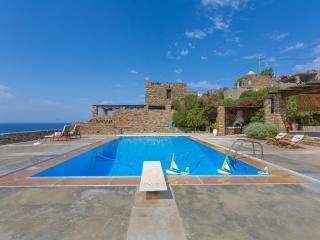 blueground Villa Schistolithos in Kea - Koundouros vacation rentals