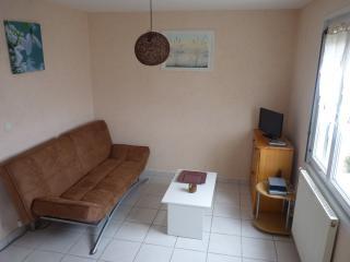 Gites Urbains Lann Oriant - Hennebont T2 - Hennebont vacation rentals