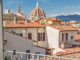 Vacation Rental with Roof Terrace View - Florence vacation rentals