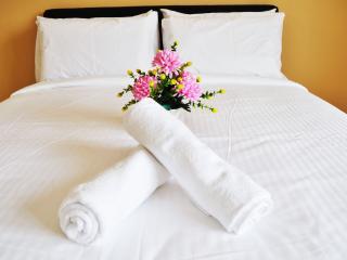 Bentong Homestay: Garden Vacation Suite - Karak vacation rentals