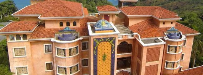 Grand Pacifico Colonial Condominiums - Pacifico Colonial  2 or 3 Bedroom Luxury Condo - Manuel Antonio National Park - rentals