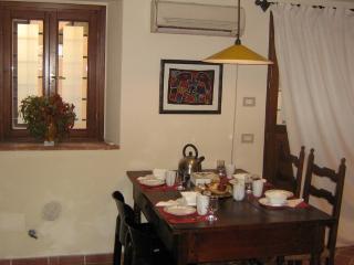 Nice 1 bedroom Townhouse in Pistoia - Pistoia vacation rentals