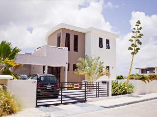 *New Listing* Apartment Dushi Breeze (upstairs) Brakkeput Abou - Willemstad vacation rentals