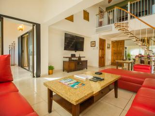4 bedroom Sunset Penthouse - steps to the beach - - Cabo San Lucas vacation rentals