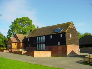 Rochford Park Cottages - Mooncroft - Tenbury Wells vacation rentals