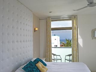 Comfortable 1 bedroom Condo in Puerto Morelos - Puerto Morelos vacation rentals