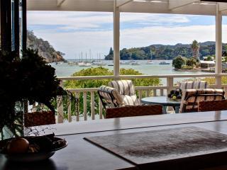 Comfortable House with Deck and Internet Access - Coopers Beach vacation rentals