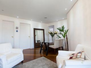 Cozy 3 bedroom Santo Andre Condo with Dishwasher - Santo Andre vacation rentals