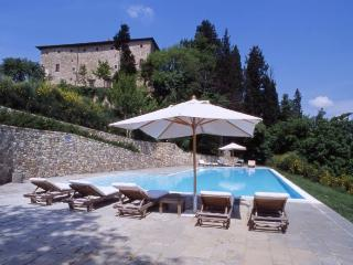 Comfortable Condo with Shared Outdoor Pool and Central Heating - San Casciano in Val di Pesa vacation rentals