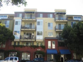 2-min Walk to the Promenade,10 mins to the Beach - Santa Monica vacation rentals