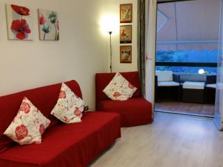 Beautiful Giardini Naxos Studio rental with A/C - Giardini Naxos vacation rentals