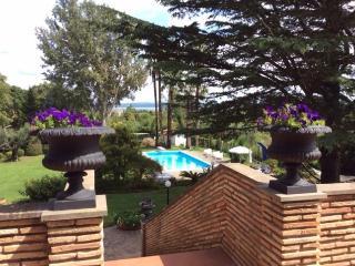 Charming Villa, Lake Bracciano - Bracciano vacation rentals