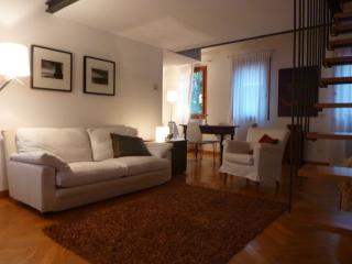 Vitello 2 bedrooms renovated in Cannaregio area - Venice vacation rentals