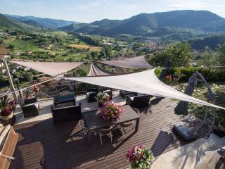 Casa SMERALDO +piscina,Sauna,Terrazzo,Giardino - Ferentillo vacation rentals