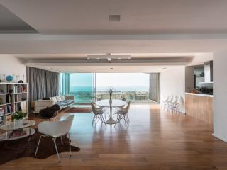 stunning modern beachfront house - Shoreham-by-Sea vacation rentals