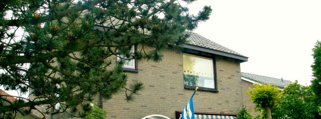 1st Floor Flat in detached house - Oostkapelle vacation rentals