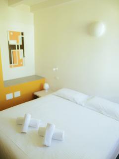 Mandarino Double Room with Private Bathroom - Marmirolo vacation rentals