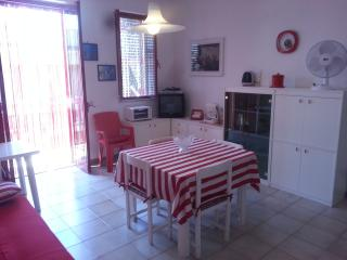Cozy 2 bedroom Condo in Savelletri - Savelletri vacation rentals
