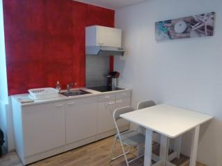 1 bedroom Condo with Internet Access in Lorient - Lorient vacation rentals