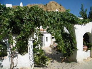 Nice House with A/C and Outdoor Dining Area - Guadix vacation rentals