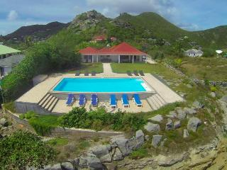 Caribbean Breeze at Anse Des Cayes, St. Barth - Ocean View, Pool, Good Value - Anse Des Cayes vacation rentals