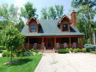 Perfect 3 bedroom Cabin in Saugatuck - Saugatuck vacation rentals