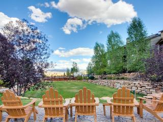 Modern townhome w/ soaking tub & shared hot tub & pool! - Park City vacation rentals